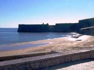 5 Praia da Torre e Forte S. Julião