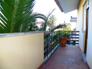 4 Bed Villa at S. Domingos de Rana - €175000