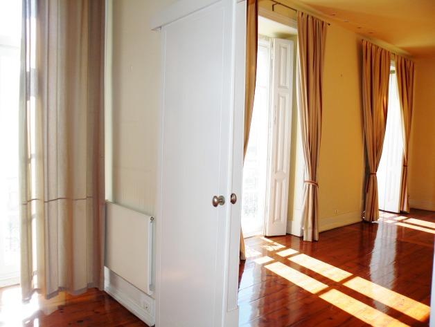 Apartamento T2 em Santos, Lisboa - €1500 renda mensal