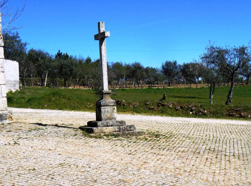 Medieval stone pillory | Pelourinho medieval